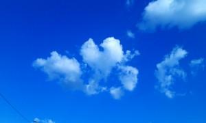 ハート雲(摂理公式HPマンデーから)