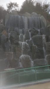 月明洞にできた滝。 去年はここでボランティア作業をしてました…